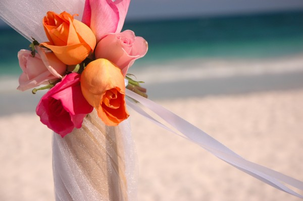 tulum wedding roses